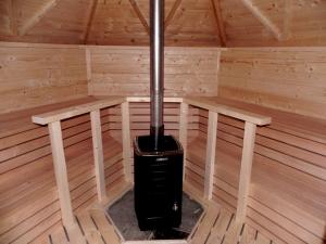 Finkota Saunakota mit Holzofen - 9,2 m2